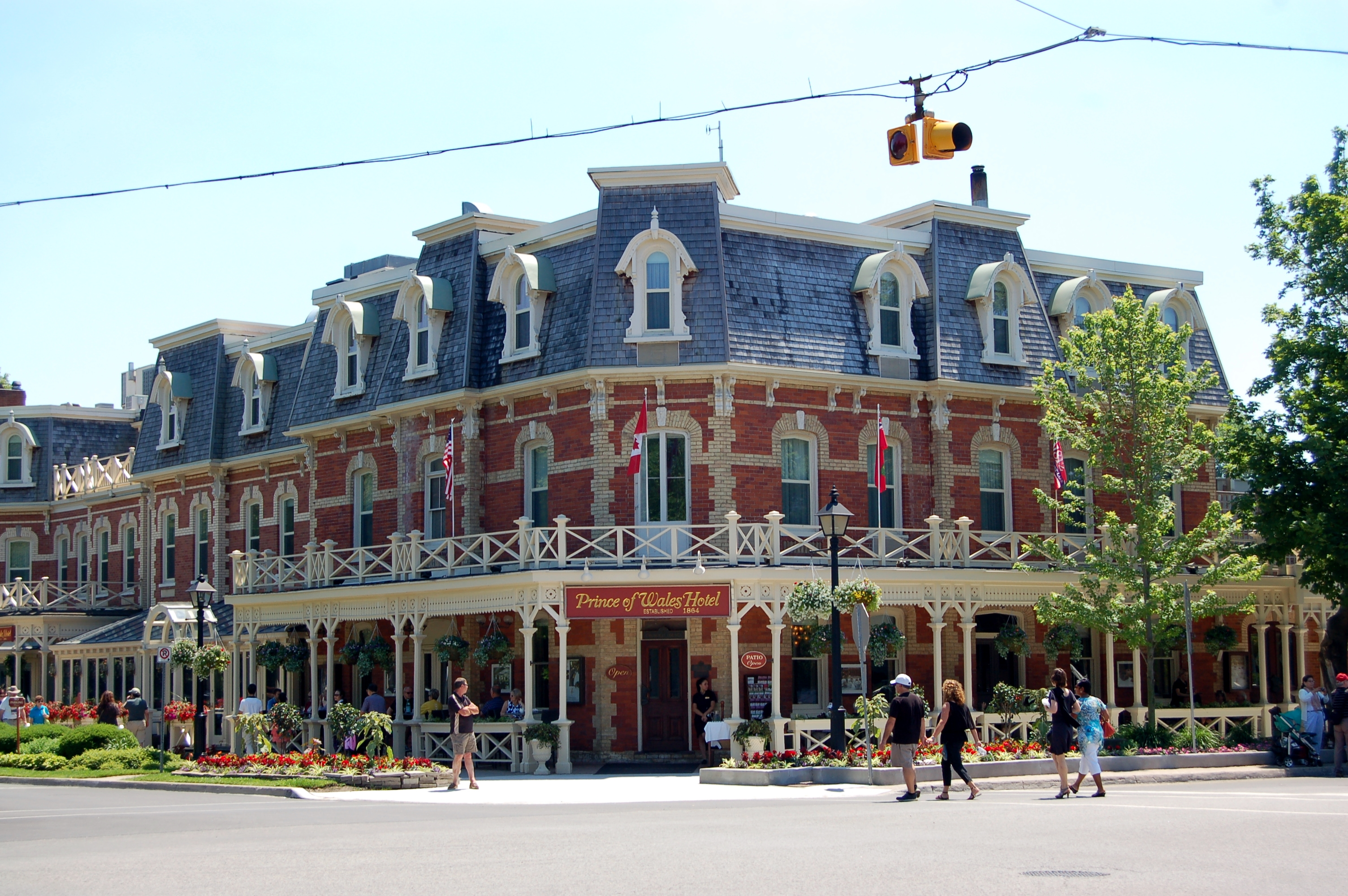 Niagara On The Lake And Niagara Falls The Perfect Combination For A Romantic Weekend Escape