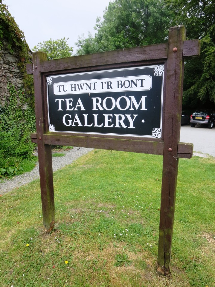 Tea Room Gallery