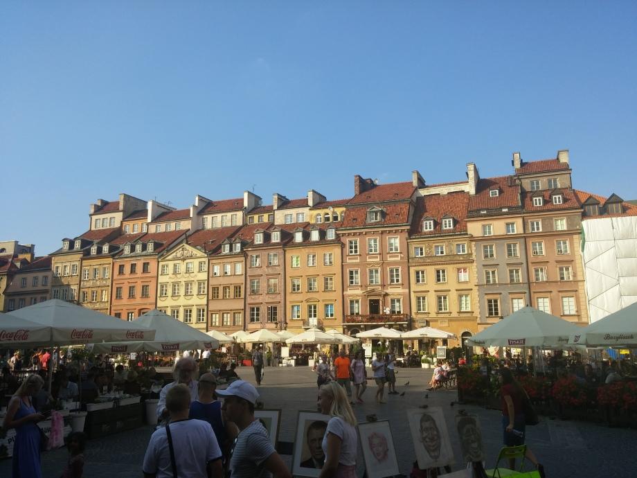 Warsaw, Poland, travel, thefriendlygiraffe